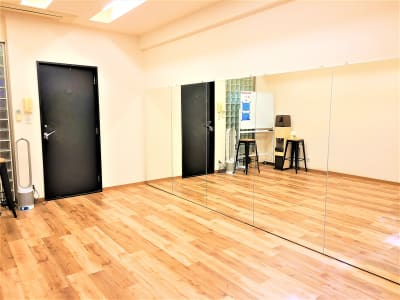 JK Studio 赤羽橋 ダンスレッスンスタジオの室内の写真