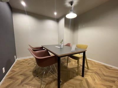 いいオフィス船橋bySDY 会議室の室内の写真