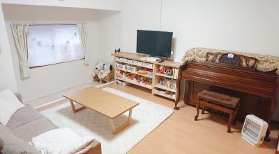 西明石レンタルスペースkoti ママ会┊女子会┊誕生日会┊勉強会の室内の写真