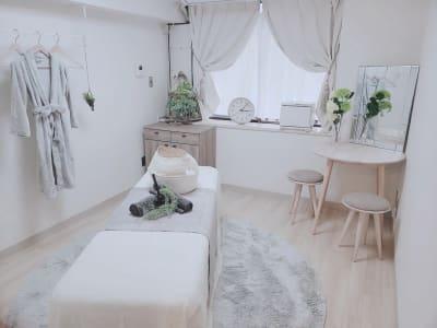 La cage横浜西口サロンの室内の写真