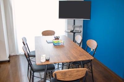レンタルスペース「フレーズ」 会議室、撮影スペース【相模原】の室内の写真