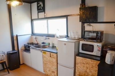 キッチンは共有となります。 - チルチルミチル KEYHOLE ROOMの室内の写真