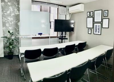 お気軽会議室 リバティ本町 梅田から3駅/HD WEBカメラの室内の写真