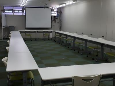 大阪長堀 貸会議室 6階 D会議室の室内の写真