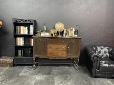 シックな雰囲気の撮影にぴったり♪ - ココスタジオ 黒・グレー2種類の撮影ルームの室内の写真