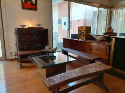 木製ベンチ席 - GauHouse レンタルスペース、ガウハウスの室内の写真