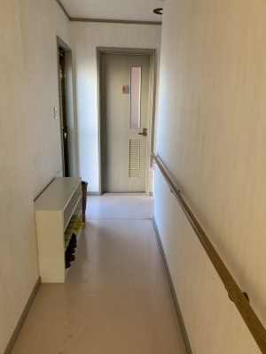 トイレは男女共用です。 - レンタルスペース「KAORI」 room2 多目的スペースの設備の写真