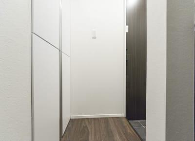 玄関 - 尾久Ⅳ 102号室の設備の写真