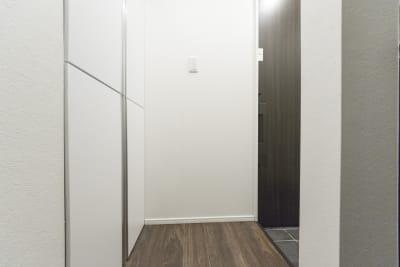 玄関 - 尾久Ⅳ 103号室の設備の写真