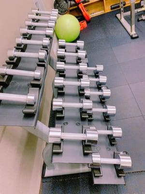 ダンベル1〜10kgです。 - light Fitness LightFitnessの室内の写真