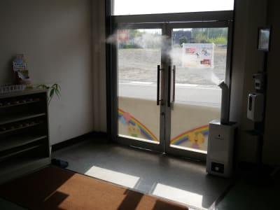 全身除菌ミスト・検温・手指の除菌スプレー - ハートサム「たかさき会場」 たかさきホールの設備の写真