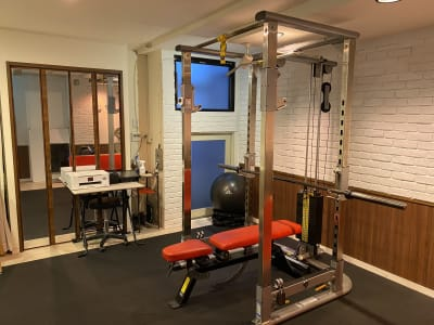 DIETA青山店 スポーツジムの室内の写真