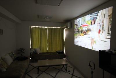 RESTA西新宿の室内の写真