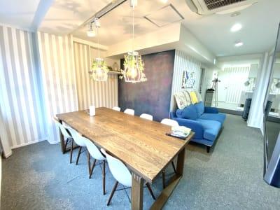 全景 - ブルーバード5 レンタルサロン、多目的スペースの室内の写真