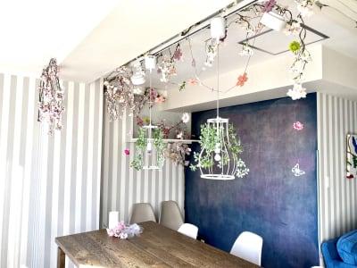サクラの飾りつけ - ブルーバード5 レンタルサロン、多目的スペースの室内の写真