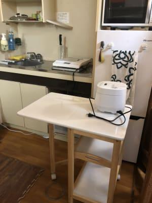 折りたたみの調理台があります。 - 喫煙可能なプライベートスペース 喫煙ワークスペースの室内の写真