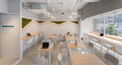 HAKADORU虎ノ門店 コワーキングスペース2の室内の写真