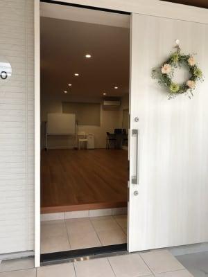 レンタルスタジオMahalo 多目的スペースの室内の写真