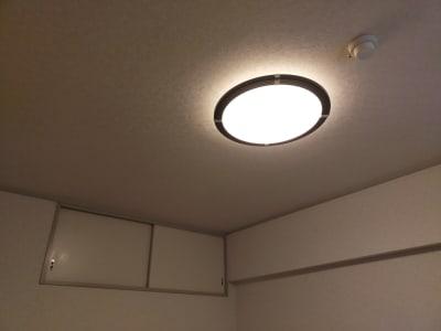 暖色のイメージ。 - レンタルサロン レ・ムーブ 福岡最安級レンタルサロンの設備の写真