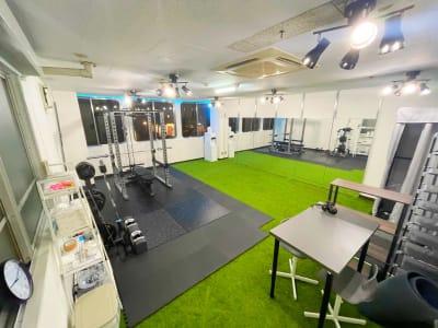 フロア全体(35㎡) - レンタルスタジオNEXT ダンス・ヨガスタジオの室内の写真