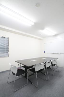室内写真 - 貸会議室ルームス水道橋店 水道橋店第5会議室の室内の写真