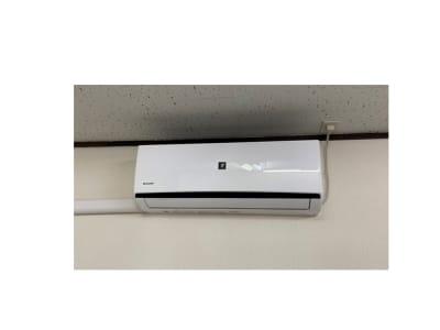 菌やウイルスに プラズマクラスター付エアコン設置 - AMSビル2F レンタルスペース 芽生えの室内の写真