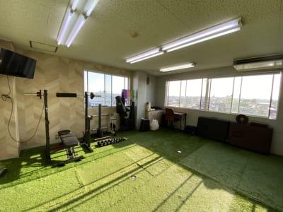 レンタルスペース メイホクノイエ サロン・スタジオスペースの室内の写真