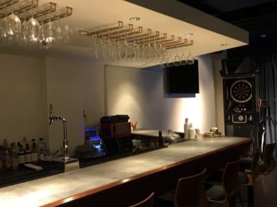 カラオケ・ダーツ・レンタル充電器 - レンタルスペース西麻布 貸切パーティレンタルスペースの設備の写真