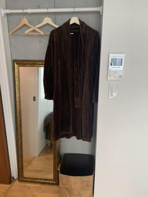 お客様のお着替えを奥スペースです(BRは貸し出ししていません) - 千駄ヶ谷サロン レンタルサロンの室内の写真