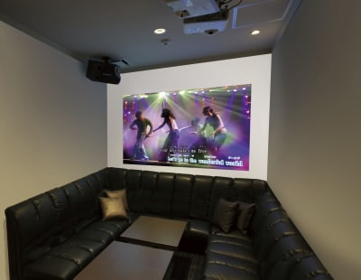 HDMIケーブルをご利用の場合フロントにてお申し付けください。 - コート・ダジュール国分町店 多目的スペース 会議室プラン①の室内の写真