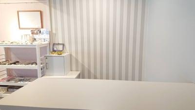 受付台 - 北欧スタイルCOCOflap江坂 貸切レンタルスペースの室内の写真