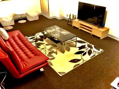 セイコウ光袋町ビル 映画見放題おうちスペースの室内の写真