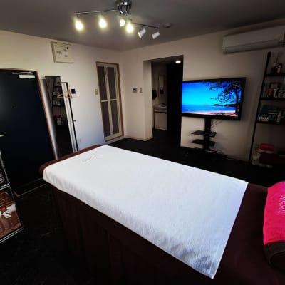 サロンスペース② - Dugong【ジュゴン】 サロンスペースの室内の写真
