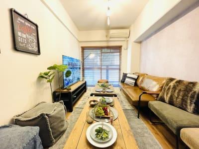SMILE+グレイス京橋 パーティスペース、打ち合わせ会議の室内の写真