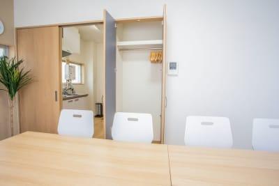 コモンズ大塚北口会議室の室内の写真