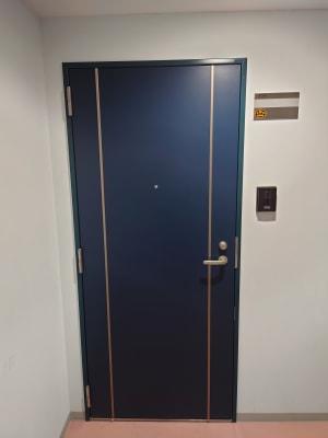 玄関入り口 - Dugong【ジュゴン】 サロンスペースの入口の写真