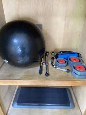 バランスボール、その他諸々 - Cherryレンタルジム 中目黒 レンタルジムの設備の写真