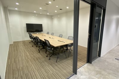 ATOMica北九州 8名会議室の室内の写真