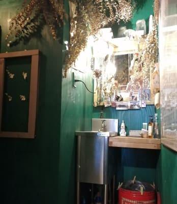 トイレ内洗面所付近。 - KEDI BASKAN フォト撮影スペース、結婚式前撮りの室内の写真