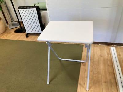 折り畳みミニケーブル - my place たまプラーザ テレワーク、プライベートスペースの設備の写真