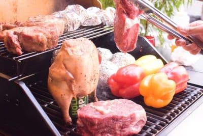 食べ物、飲み物はお客様自身でご準備お願い致します。 - HAKATA by L BBQ THE LANG BBQの室内の写真