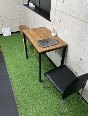 清潔感溢れるカウンセリングスペース - FitbankGym  完全個室のパーソナルジム ♪の室内の写真