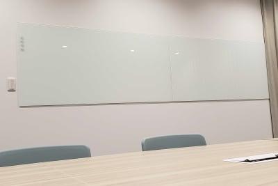 ATOMica北九州 12名会議室の設備の写真