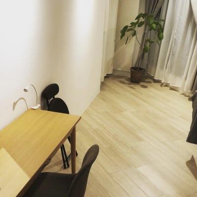 エステ、マッサージ、ヨガ、ネイルなど対応可能です♪ - reimei Kunitachi レンタルサロンの室内の写真