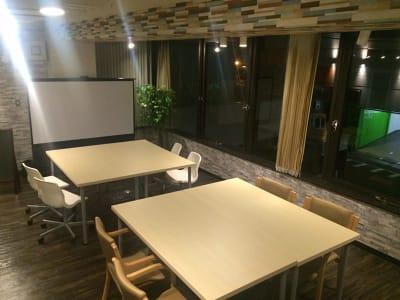 Co-Creation LABO 会議室・イベントスペースの室内の写真