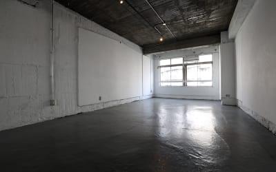 Y4 STUDIO 代々木 撮影スタジオ&ギャラリーの室内の写真