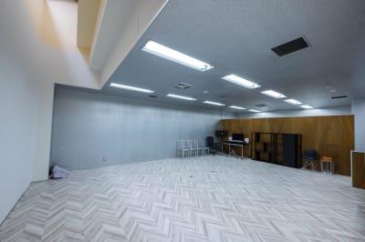 鏡ばりの反対側です。  - ワンクロ中目黒スタジオ 多目的スペース・スタジオの室内の写真