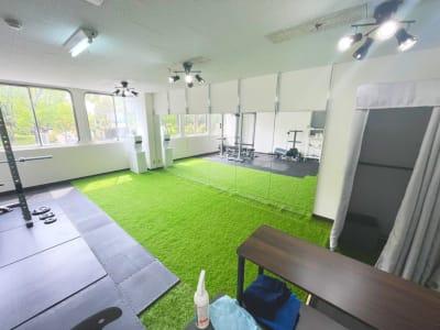 ダンススペース1 - レンタルスタジオNEXT ダンス・ヨガスタジオの室内の写真