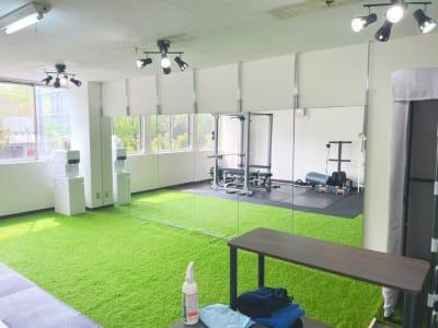ダンススペース2 - レンタルスタジオNEXT ダンス・ヨガスタジオの室内の写真