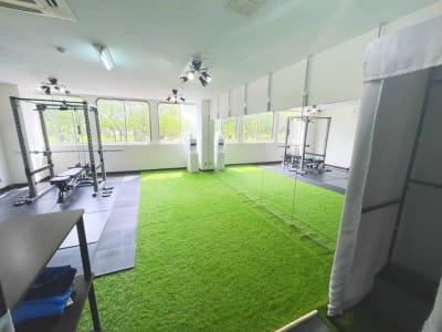 ダンススペース4 - レンタルスタジオNEXT ダンス・ヨガスタジオの室内の写真